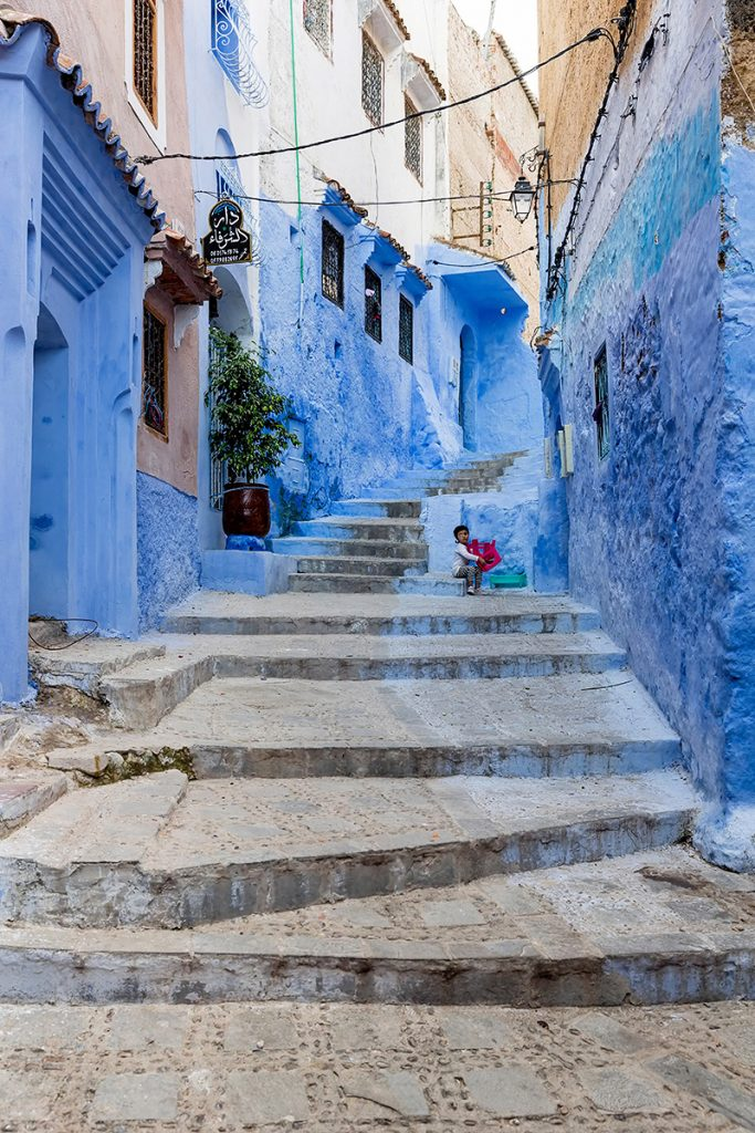 Szewszawan,Maroko,medyna,schody,dziecko