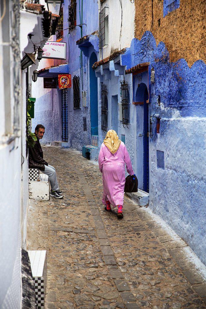 Szewszawan,Maroko,medyna,ludzie,niebieski