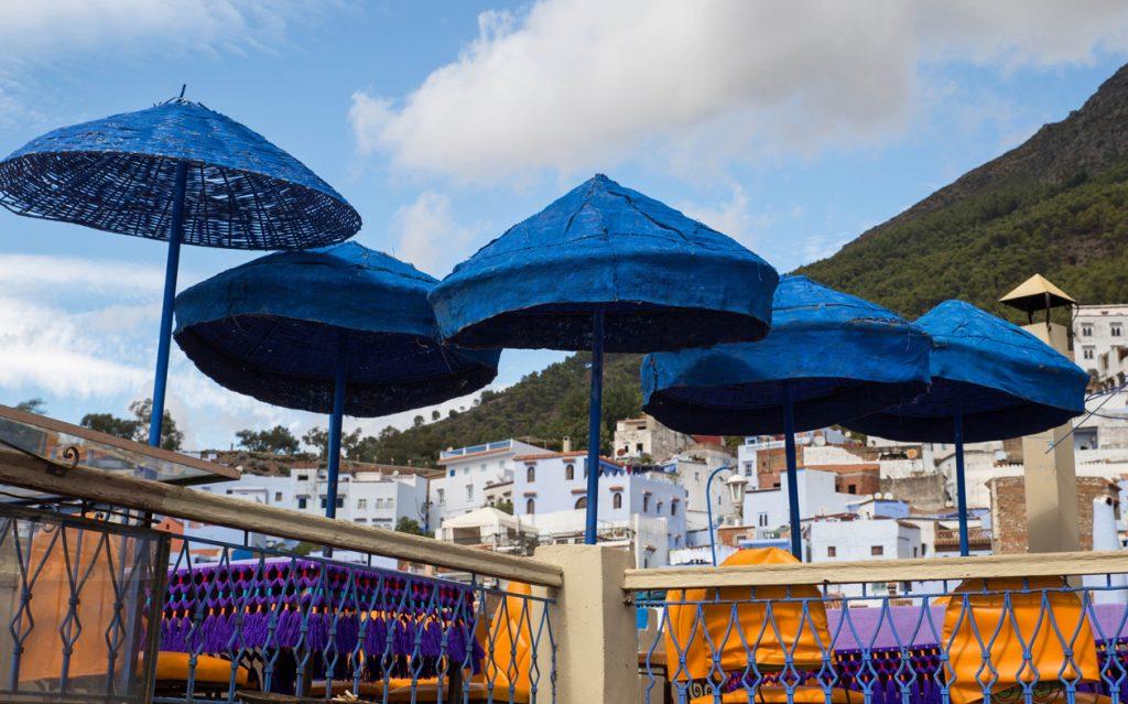 Szewszawan,Maroko,parasolki,restauracja aladin