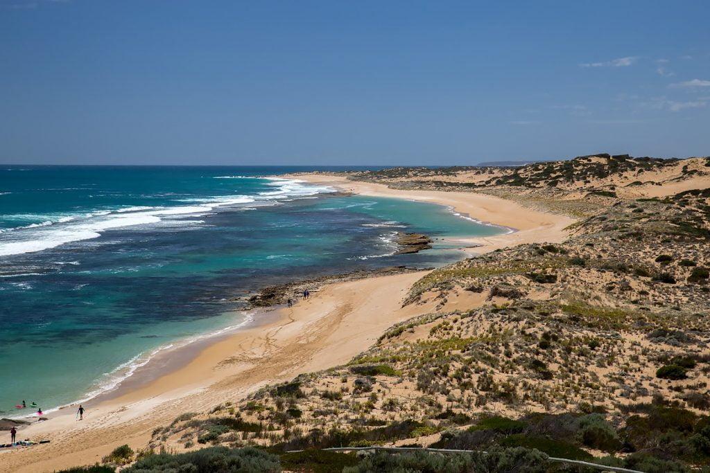 plaża,ludzie,wybrzeże,wypoczynek