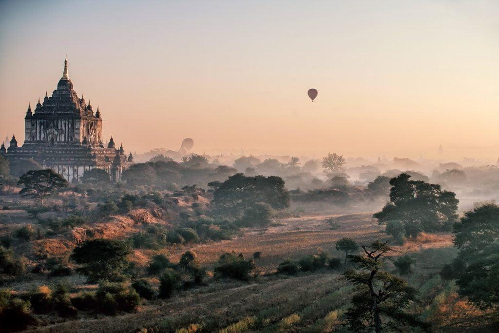 pagody,bagan,birma,balony