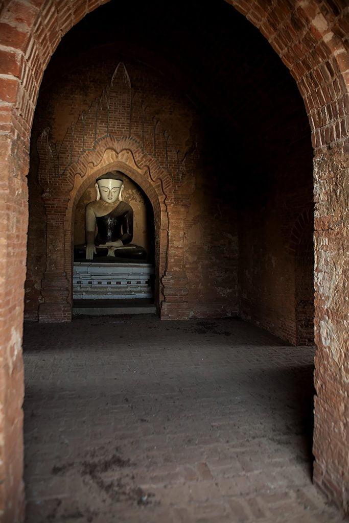 pagoda,rzeźba ,wnętrtze,birma,bagan