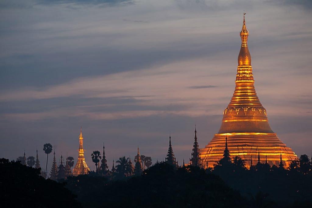 świątynia Shwedogon,Myanmar,pagoda od strony zachodniej,Birma